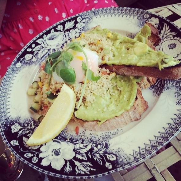 Sister brunch. No food envy since allergic to avocado.